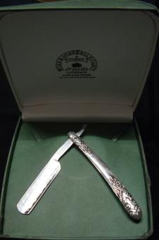 Pewter cut-throat razor (LRG)