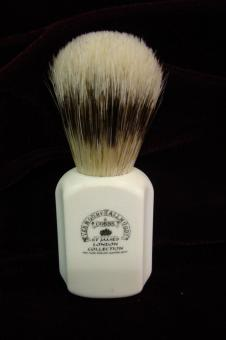 Art deco bristle brush