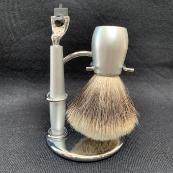 Strand Matt Silver Shaving Set